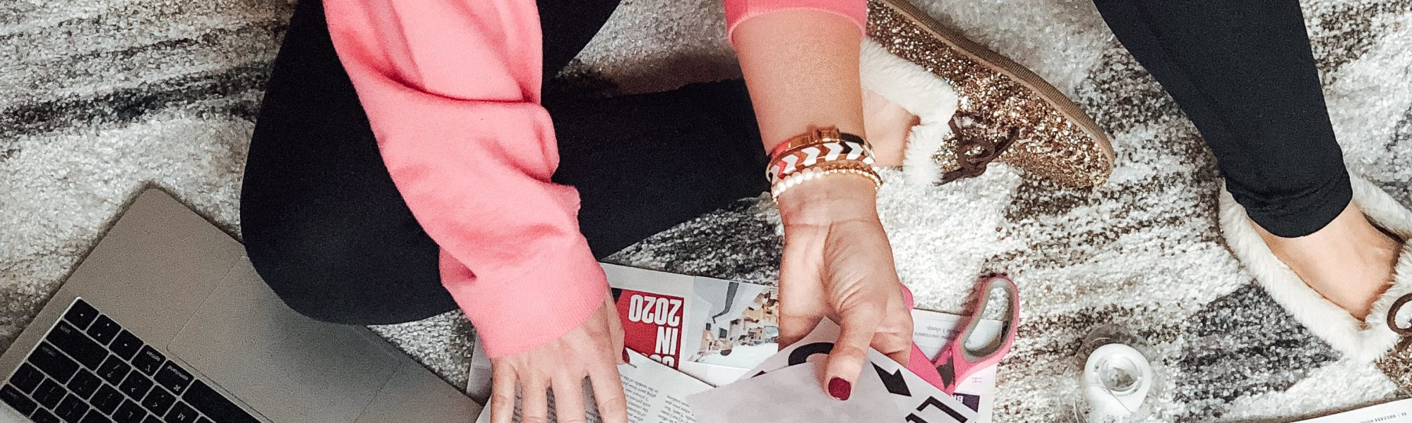 HOW TO MAKE A VISION BOARD AND ACHIEVE YOUR 2020 GOALS