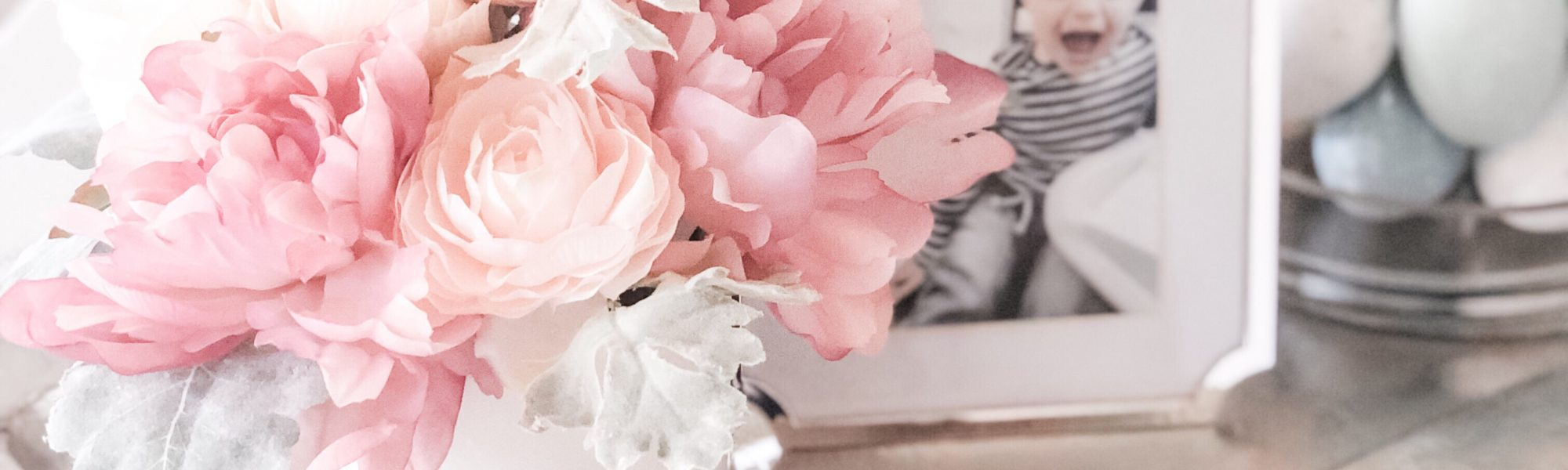 HOW TO CLEAN FAKE FLOWERS